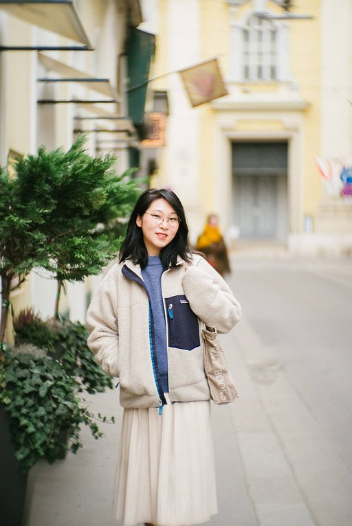 Miri Huh's Romantic Vienna With the New Petzval 80.5 MM F/1.9 MkII Art Lens