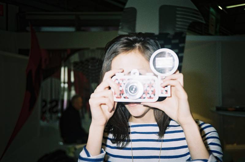 Testing of La Sardina by the Paulette Magazine Reporters
