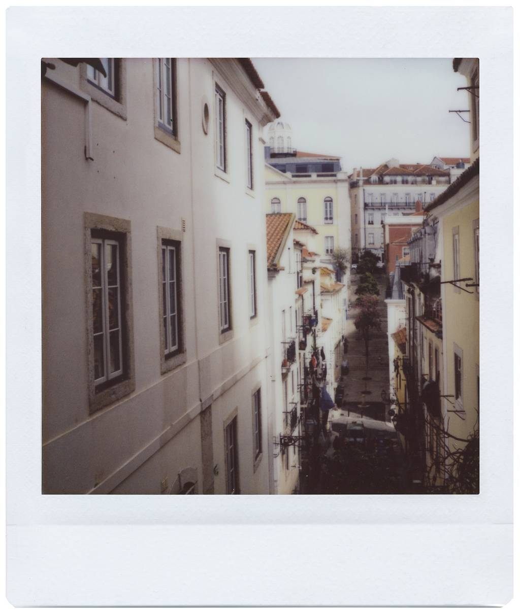 Luca Mercedes: 24 Hours with the Lomo'Instant Square Glass