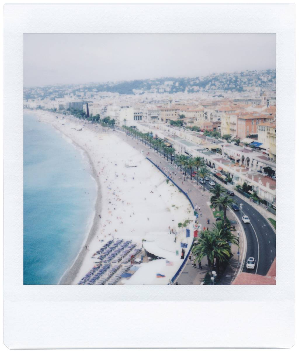 Using the Lomo'Instant Square for Scenic Postcards