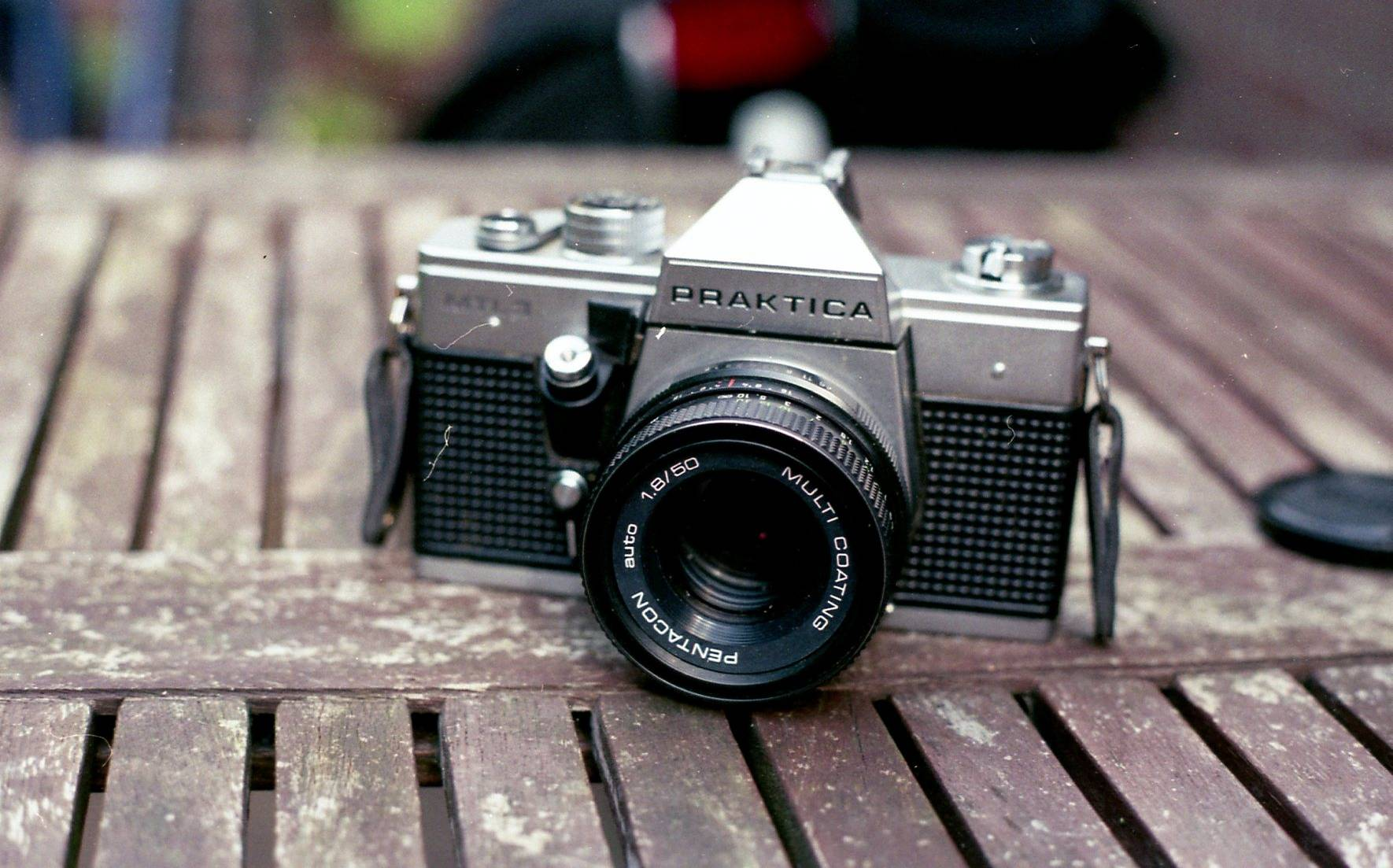 Praktica mtl the camera that goes click · lomography