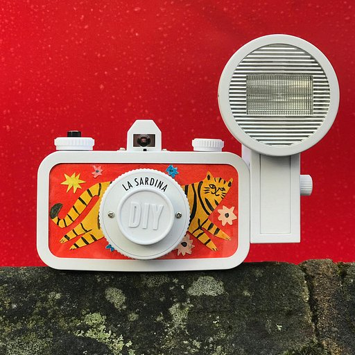 Louise from The Printed Peanut Customises the La Sardina DIY