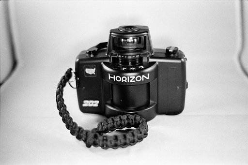 Make Loading Your Horizon Camera Much Easier with This Simple Tip