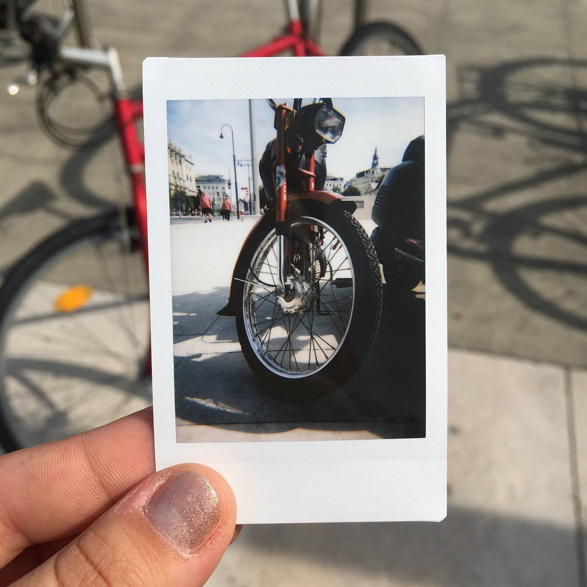 Introducing the Lomo'Instant App · Lomography