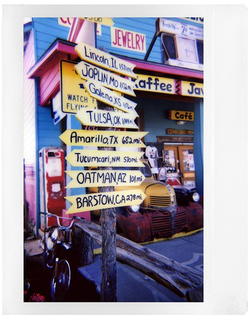 Viaggio on the road con Lorraine Healy e la Lomo'Instant Wide