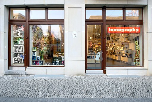 Lomography Gallery Store Berlin - Come on In