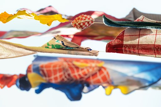 "Sally Gall's ""Aerial"" Photographs of Hanging Laundry"