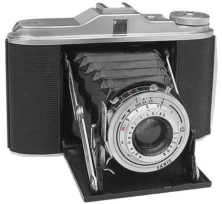 Agfa Isolette V: A Great 6x6 Gun!