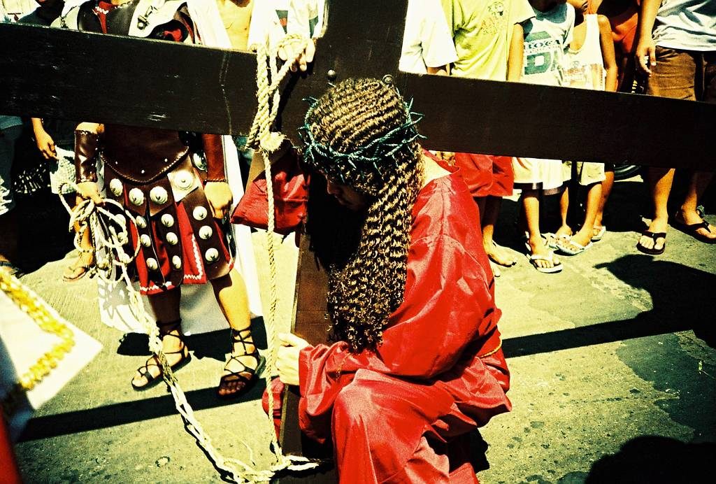 Lomographing Holy Week Rituals in the Philippines