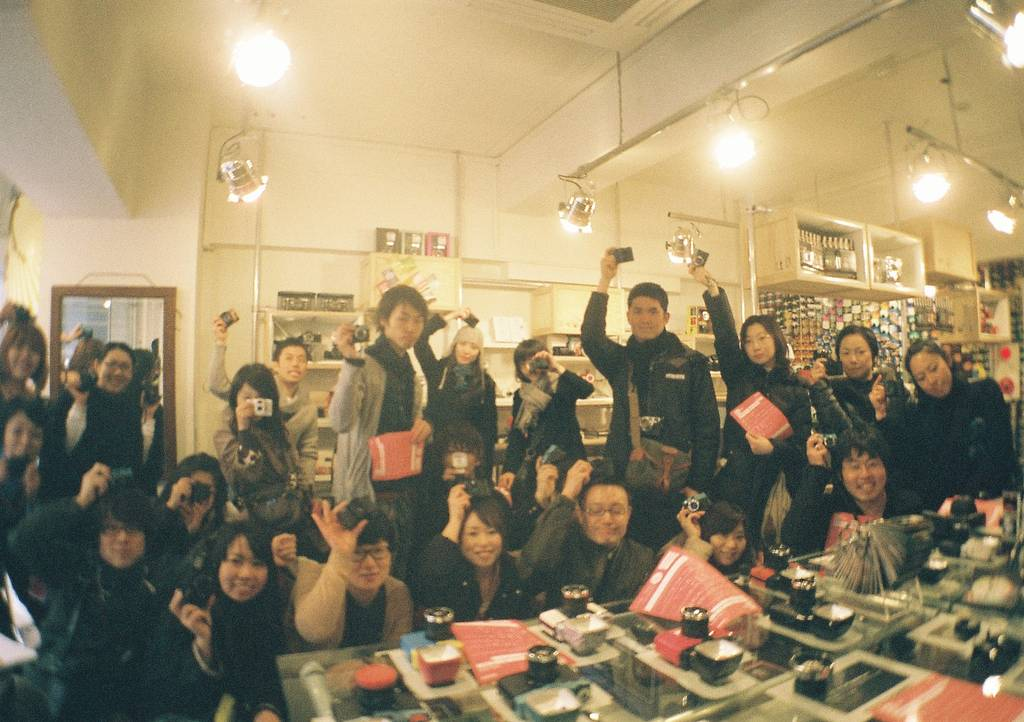Smile Everyone! Workshop Review - Lomography Gallery Store Tokyo