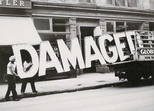 Recalling Walker Evans' Legacy in Vernacular Photography