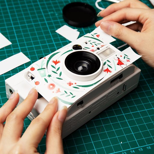 LomoAmigo Elen Winata on Customizing the Lomo'Instant