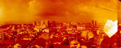 Lomography Redscale XR 50-200 35mm: Horizon Redscale Doubles!
