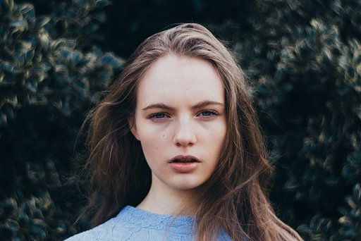 Lydia Trappenberg: Portraits with the Petzval 85 Art Lens