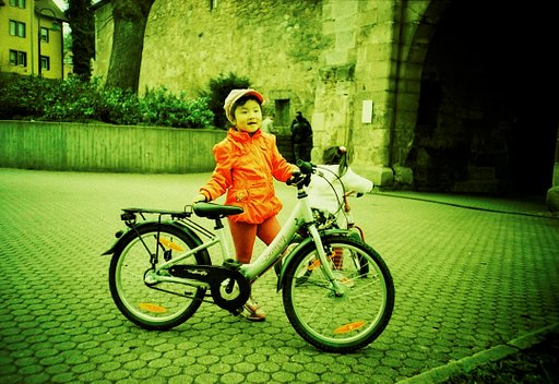 Rediscovering Memories with the Lomography Smartphone Scanner