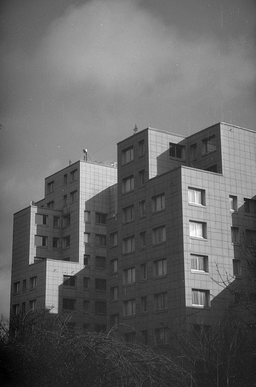 First Impressions of the Babylon Kino B&W ISO 13 Film by EMGK Photographie