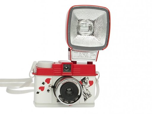 Daily Picks from the Sales Section: Diana Mini Wonderland