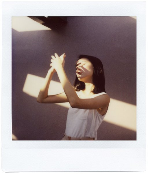 Shooting Like a Minimalist with the Lomo'Instant Square