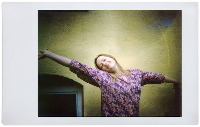 Lomo'Instant Tip No. 9 – See the World in Wide Angle
