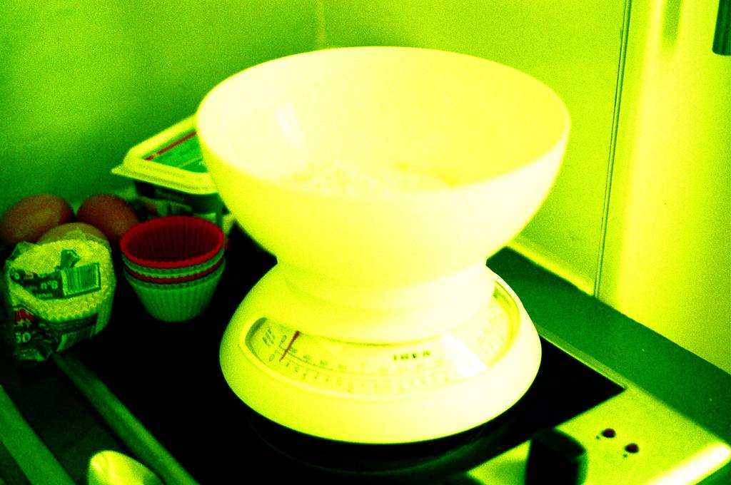 A Quick Recipe for Lomographers: Muffins in the Microwave