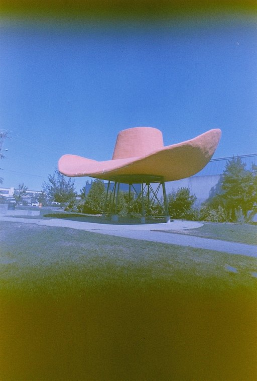 Did You Know That You Can Go See A Supersized Hat and Boots in Seattle?