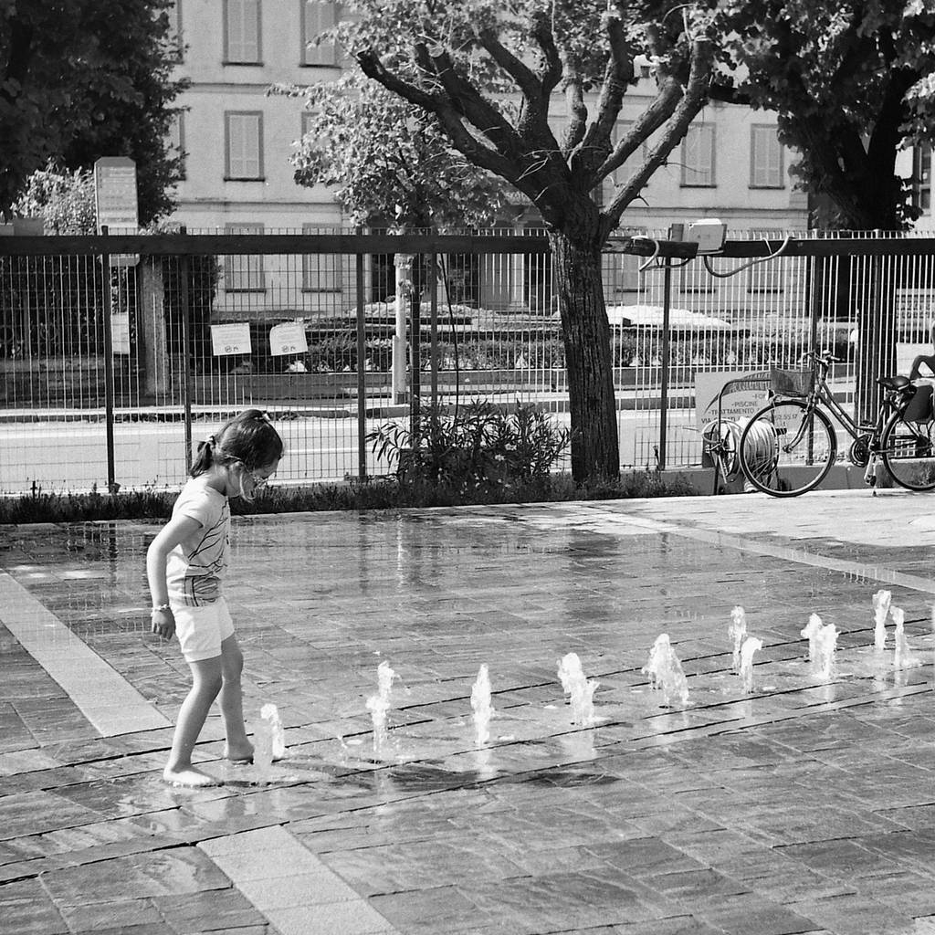 A Salute to the Masters: Where do the children play? (A Tribute to Helen Levitt)
