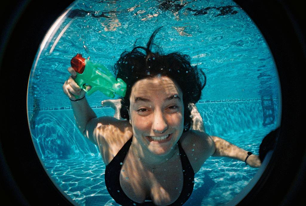 UnDeR tHe SeA, UnDeR tHe SeA: With the Fisheye Submarine