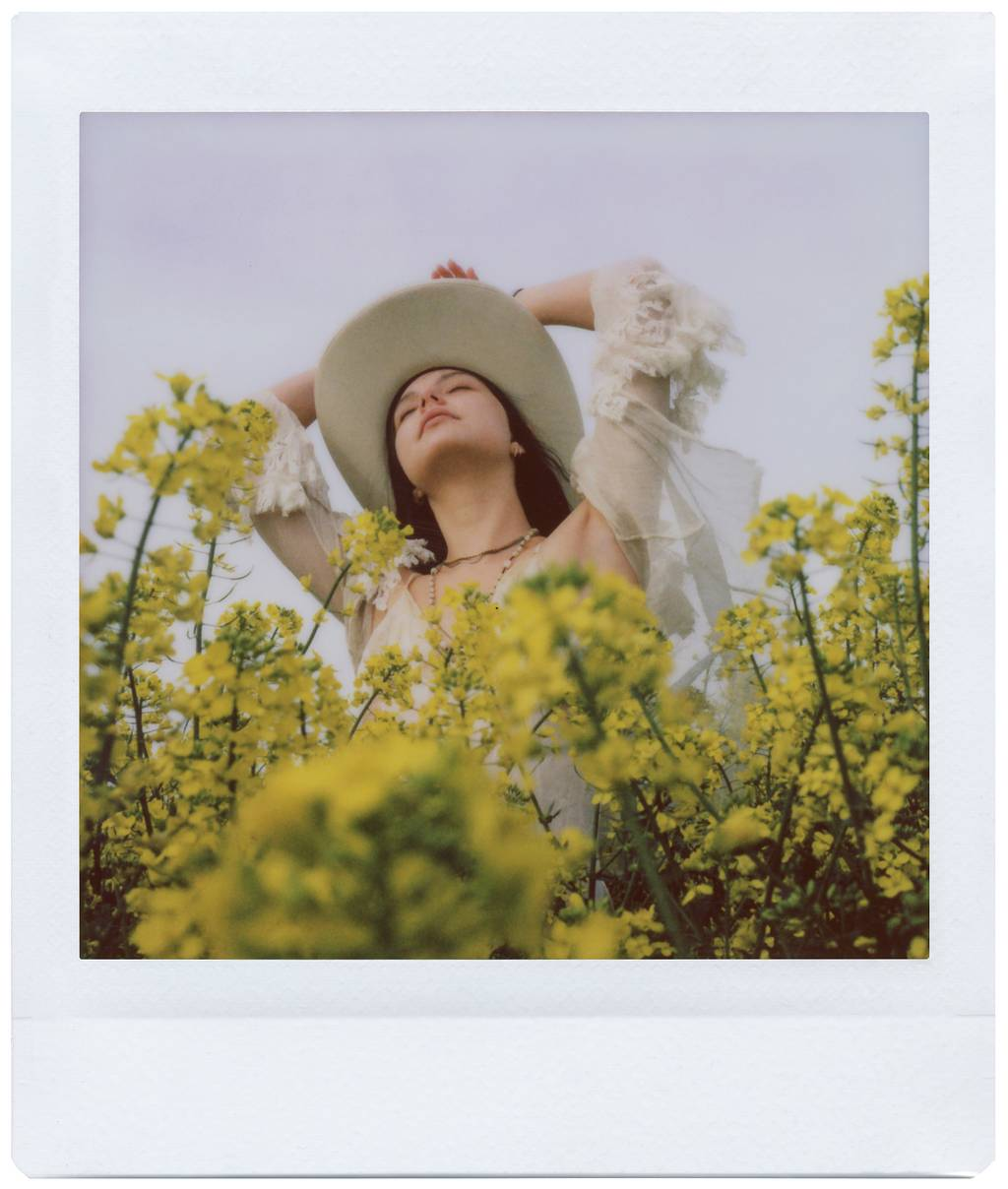 Laura Allard Fleischl: Springtime with the Lomo'Instant Square Glass
