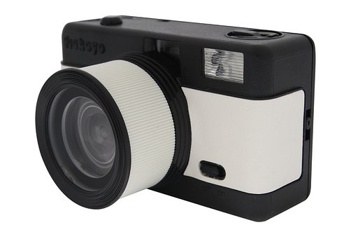 Lomography Fisheye One, the Little Camera that Could