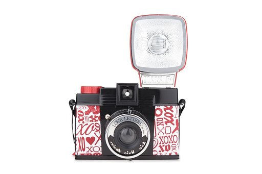 SALE: Diana F+ Love Letters