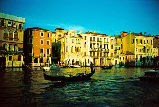 Around the World in Analogue: Venice, Italy