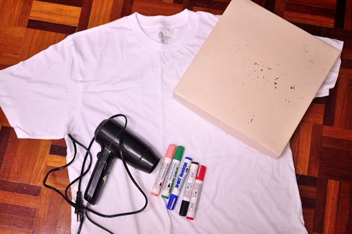 Make Your Own Lomo T-Shirt