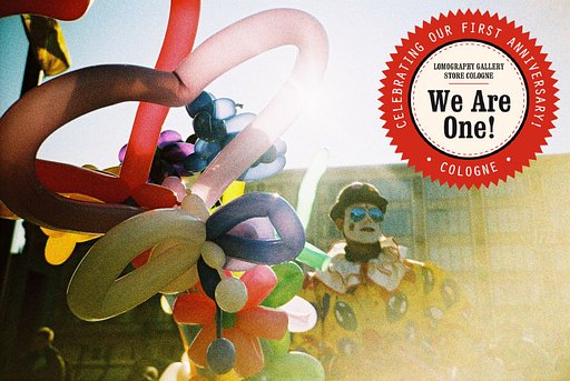 We Are One! Der Lomography Gallery Store Cologne feiert Geburtstag