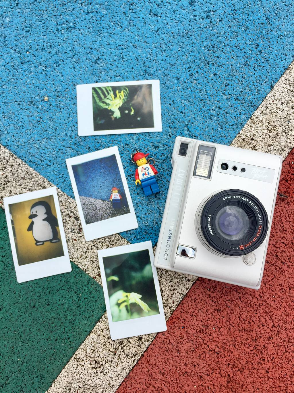 Capture The World Through A Child's Eyes with the Lomo'Instant Automat
