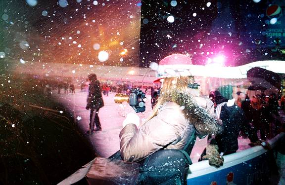 Festive Fun in New York with the Lomography x Zenit Petzval Lens