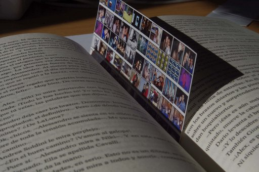 Create your own Lomography bookmark!