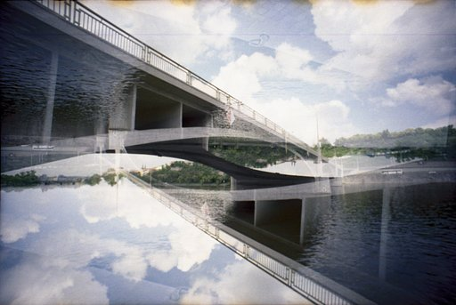 Lomography Guide to Prague: Under the Bridge