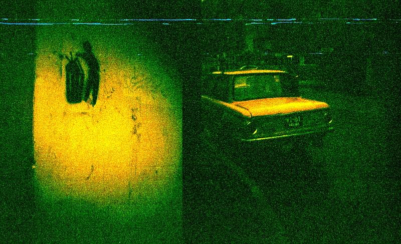 The Moody Colors of Lomography Redscale