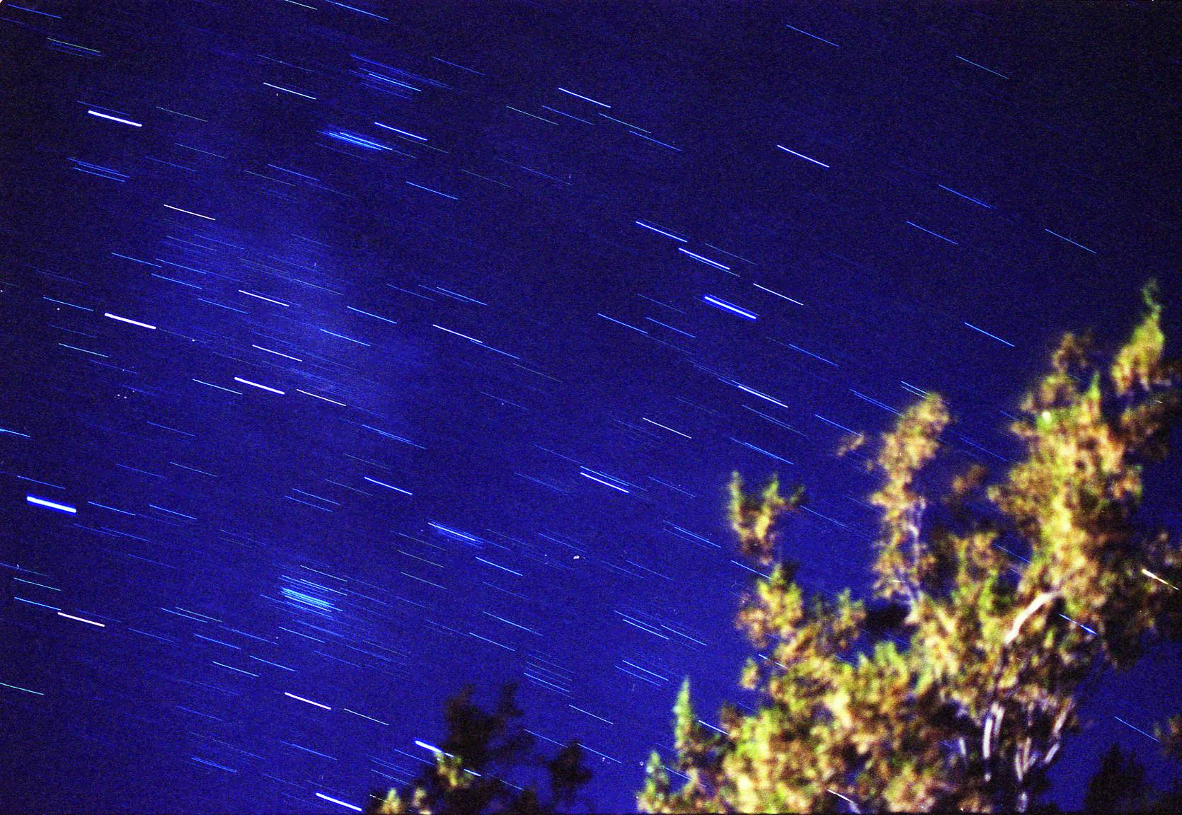 A Beginner's Guide to Star Trail Photography · Lomography