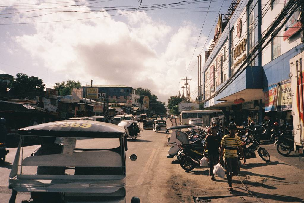 Around the World in Analogue: A Glimpse of Puerto Princesa