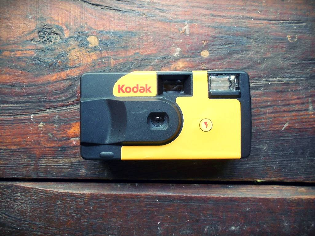 The Complete Guide To Reloading Disposable Cameras Lomography Camera Flash Circuit Further In Order Disassemble You Will Need