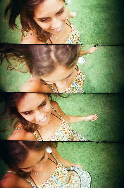 Community LomoAmigo: Marina Faria and the Sprocket Rocket in a Backpacker Trip in Bahia