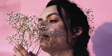 Lydia Lutz: The Dichotomy of Beauty and Darkness