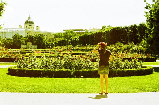 Places to Go for Traveling Lomographers: Volksgarten