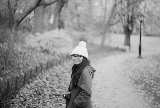 Beautiful Black and White Shots Taken with the New Petzval Art Lens