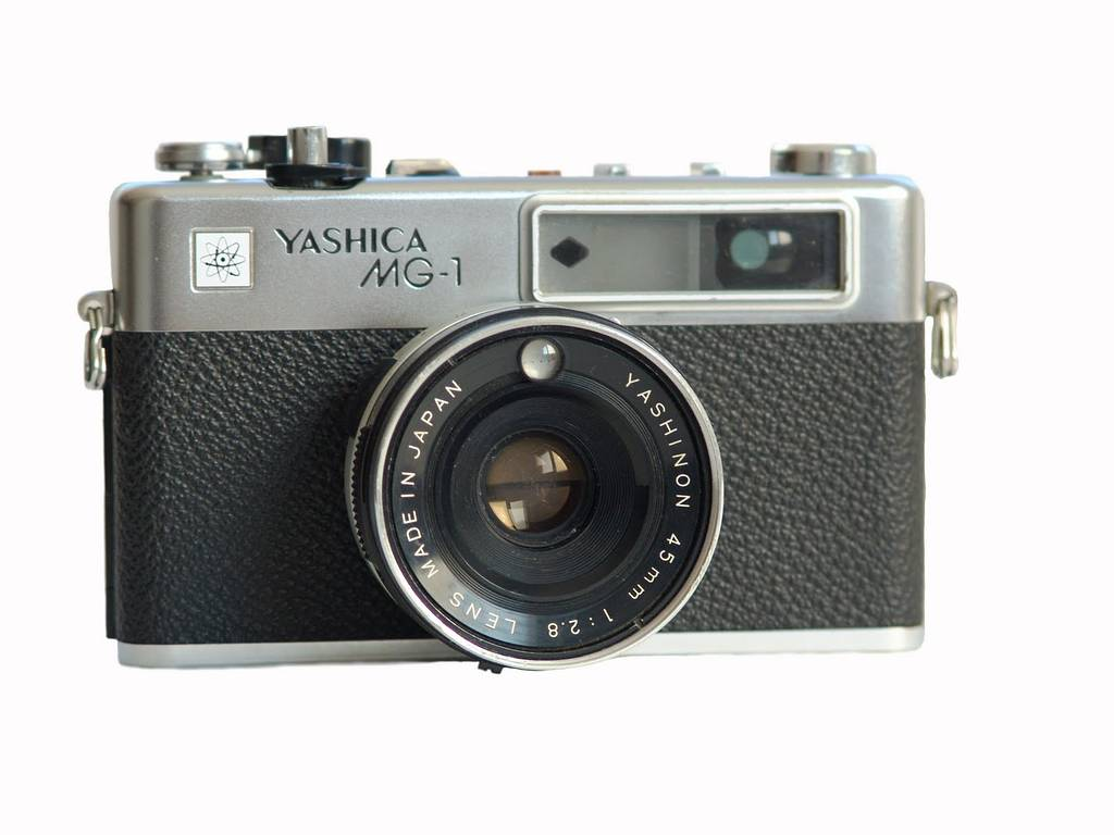 Lomopedia: Yashica MG-1