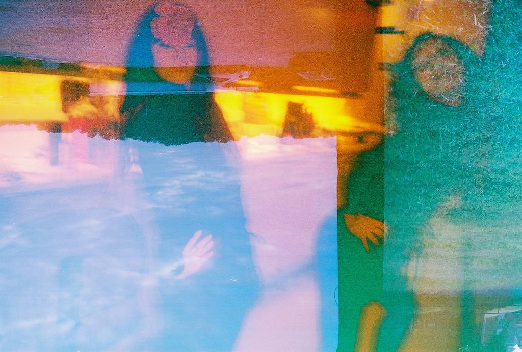 Rad Redscales: Exposing Both sides of your Film for Maximum Lomographic Awesomeness!