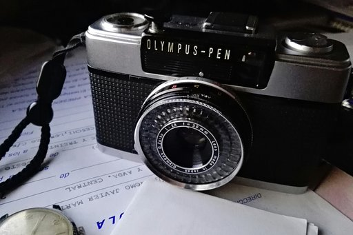 Tipster Olympus PEN EES-2
