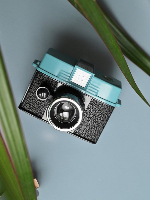 Take Beautiful 110 Film Square Shots With This Miniature Interchangeable Lens Camera!