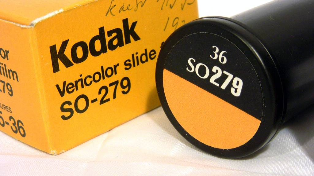 Vericolor Slide Film So-279 – Engineering 2D Graphic Photography